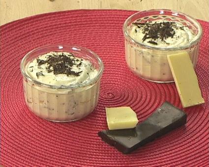 Recette de mousse au chocolat blanc façon stracciatella