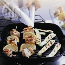 Recette brochettes d'espadon aux courgettes grillées – toutes les ...