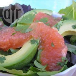 Recette salade de pamplemousse et d'avocat – toutes les recettes ...