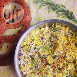 Recette salade de riz safrané aux herbes – toutes les recettes ...