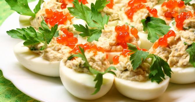 Recette de œuf dur farci au thon et fromage blanc