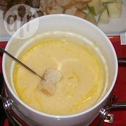 Recette ma recette de fondue à l'emmental et au gruyère – toutes ...