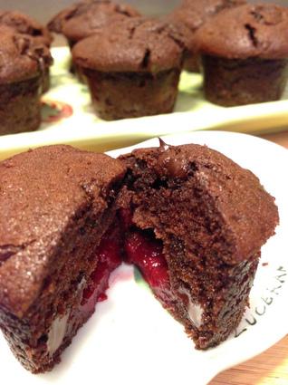 Recette de muffins au chocolat noir et cœur de framboises