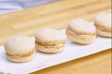 Recette de macaron au saumon fumé et fromage à la crème de ...