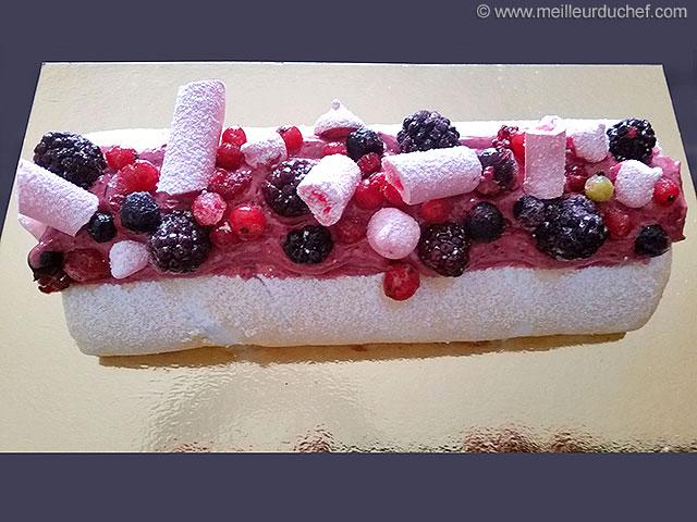 Pavlova aux fruits rouges, façon gâteau roulé  notre recette ...