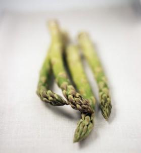 Tarte fine aux asperges et au sésame